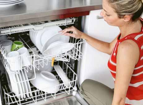 Trung tâm bảo hành khắc phục lỗi máy rửa bát nhanh chóng
