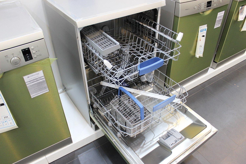 Điều kiện bảo hành máy rửa bát Electrolux tại nhà